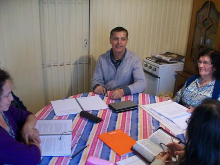 "Helmuth Aguilar teaches ""Trusting God"" on eve of Coronavirus shutdown in Chile"