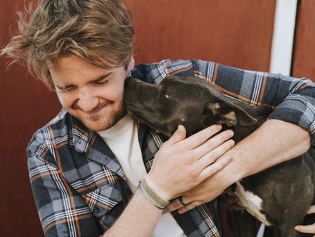 Los dueños de perros son más felices que el resto del mundo, según la ciencia.