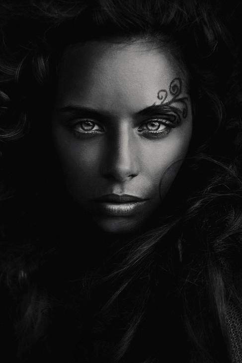 Kunst foto op plexiglas  Beauty with tattoo, Ivo Rikkert