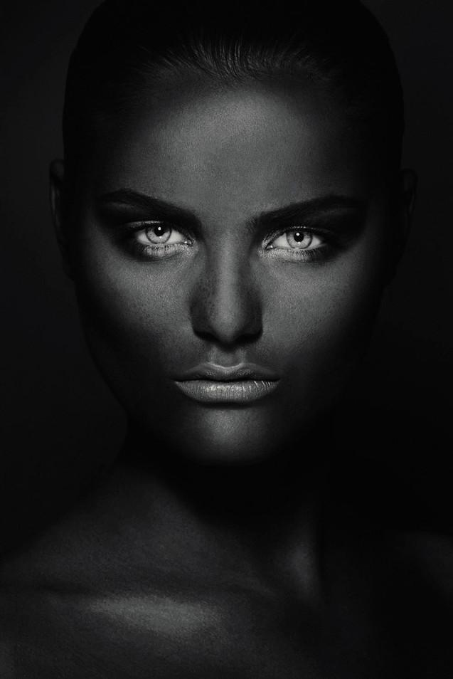 Foto op plexiglas / dibond Mysterios Girl, Ivo Rikkert