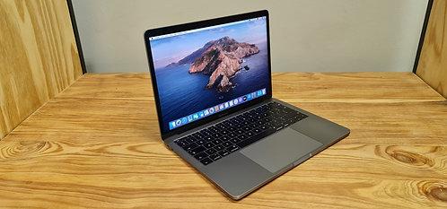 MacBook Pro 13 2017 Retina Display, Core i5 – 8GB – 128GB SSD – Office 2019
