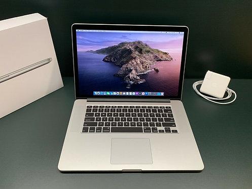 MacBook Pro 15 Retina 2015 / 2.2GHz Core i7 / 16GB / 256GB SSD / Office 2019