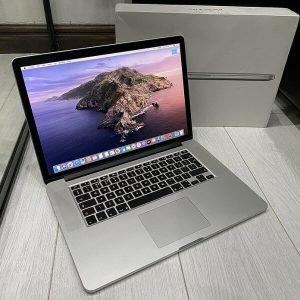 MacBook Pro 15 Retina 2015 / 2.5GHz Core i7 / 16GB / 512GB SSD / Office 2019