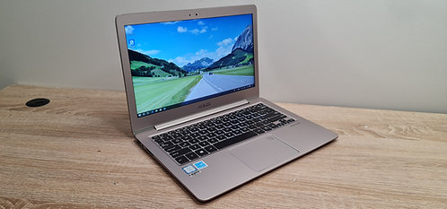Asus ZenBook UX330UAK 13.3″ 7th Core i7, 16GB, 512GB SSD, Office 2019