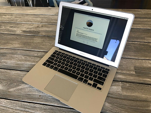 Macbook Air 13 2017, Core i5, 8GB Ram, 128 SSD, Office 2019, Final Cut Pro