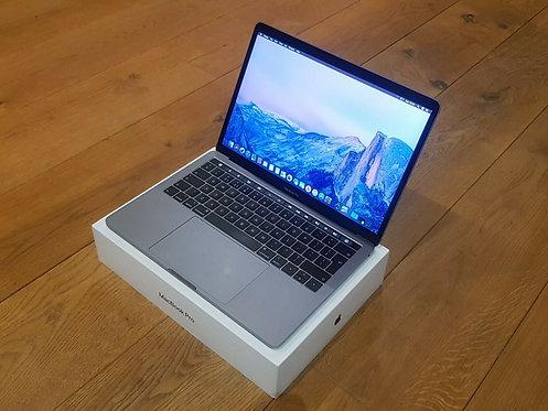 MacBook Pro 13 Touch Bar 2018″ Retina Display – i5 – 8GB – 512 GB SSD – Office 2