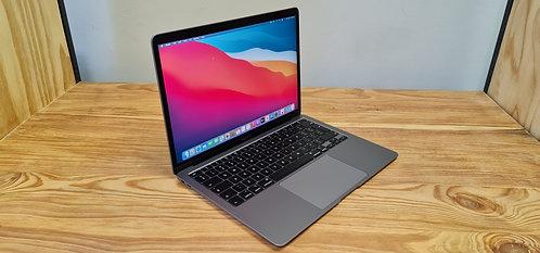 MacBook Air 2020,13.3″ Retina Display, i5, 8GB, 512GB SSD, Office 2019