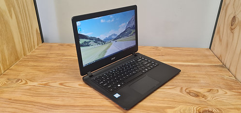 Acer Aspire ES1-433, 7th Gen, Core i5, 8GB, 1TB HDD, Office 2019