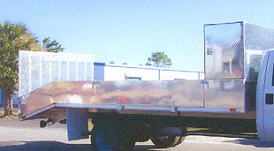 18ft-aluminum-landscapers-truck-body-lg.