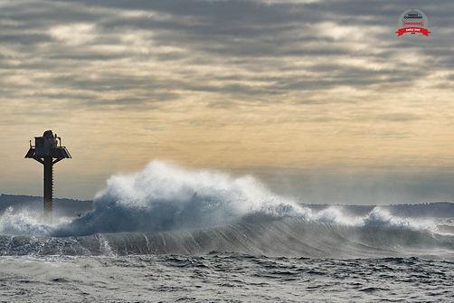 A Wall Of Wave_CFurt.jpg
