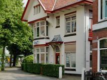 Villa, Petrus Campersingel