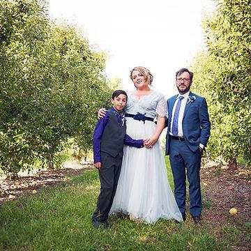 Farm Wedding in Kelseyville. Photo by Amber Sheridan.
