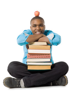 Kozzi-teenage_guy_with_stack_of_books_and_apple-312x416.JPG