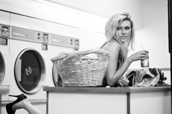 faith-laundryshootjamo.jpg