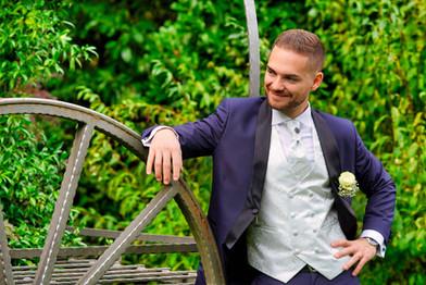 Fotografo sposo e ruota.jpg