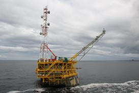 Exploitation pétrolière à Pointe-Noire - Congo 001