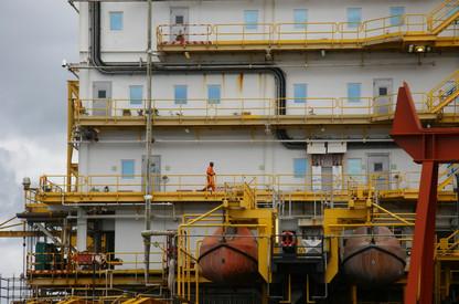 Exploitation pétrolière à Pointe-Noire - Congo 004