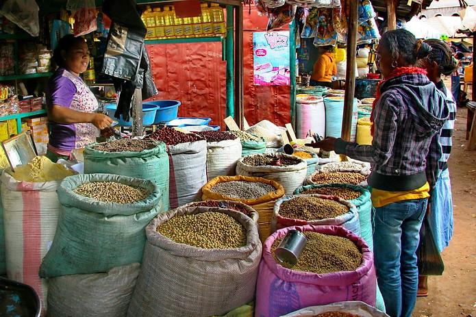 Sur les marchés de Madagascar