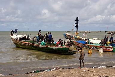 Marché et port de pêche traditionnelle de Mbour, Sénégal