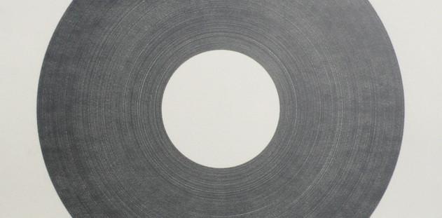 이기일, Hole, 종이 위에 연필, 44×44, 2011.JPG