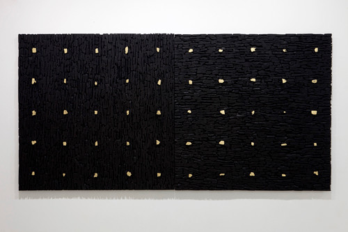 An aggregation 20190714-Gold 2013 150x300x5cm Finihsed with gold leaf on the charcoal, etc.