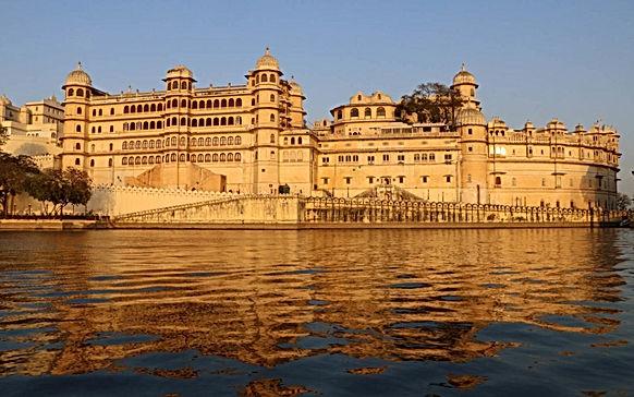 Udaipur-City-Palace-1-1080x675.jpg