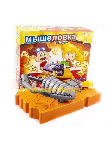 Սեղանին զվարճալի խաղ թակարդ