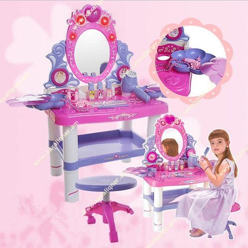 Մանկական զարդասեղան աթոռիկով
