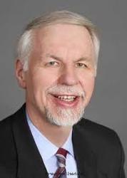 DR. MICHAEL MARQUARDT