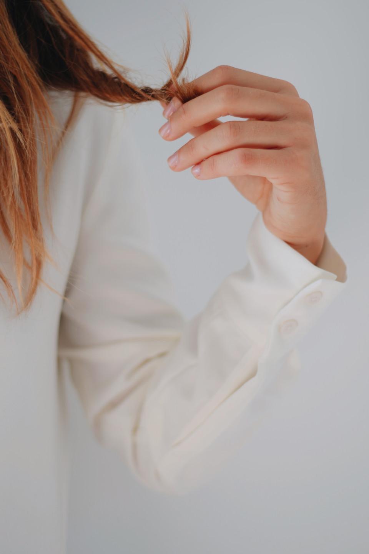hand hair model paris white