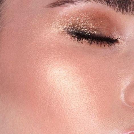 sparkles eyeshadow eye close up
