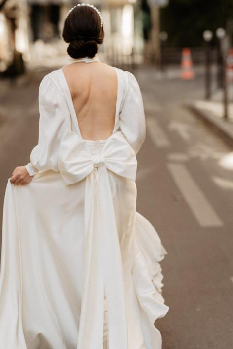 bride elopement in Paris makeup