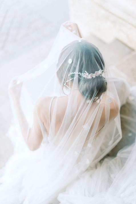 bridal bun veil hairstyles