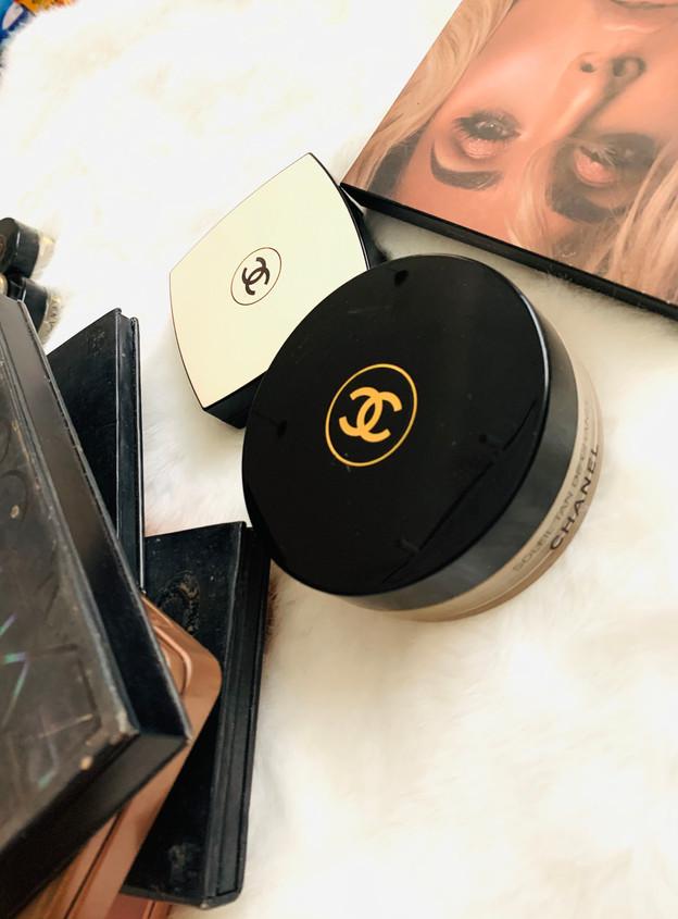 Face products: Chanel, Huda Beauty, Smasbox, KVD.