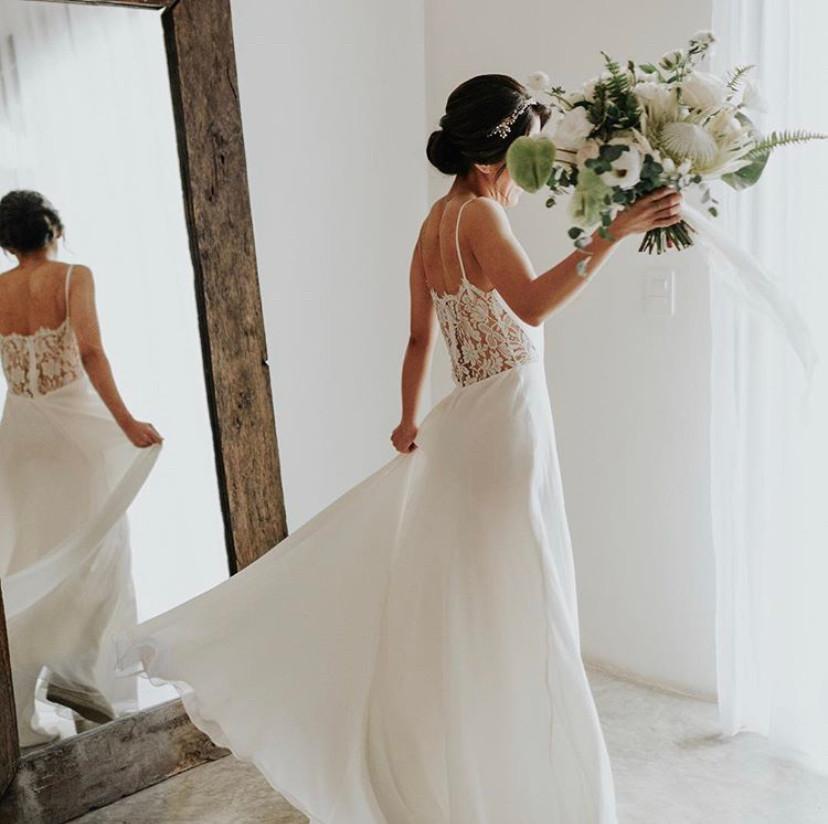 wedding dress tropical beach wedding