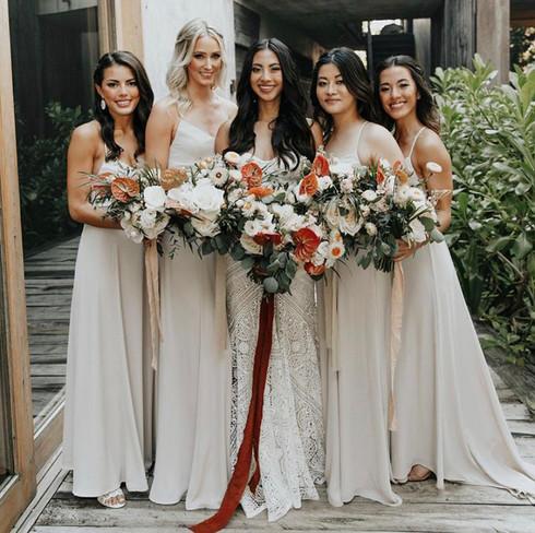 Bridal party. Bridal gettimg ready.