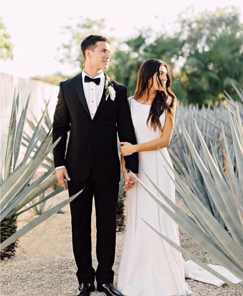 wedding bride picture white dress