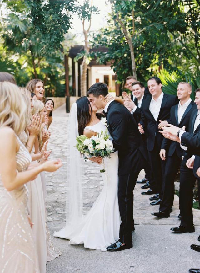 weddin ceremony bride hairstyle