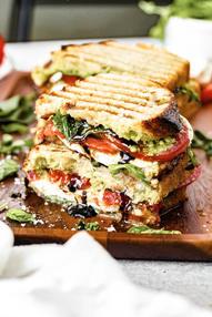 balsamic-glaze-grilled-caprese-sandwich-