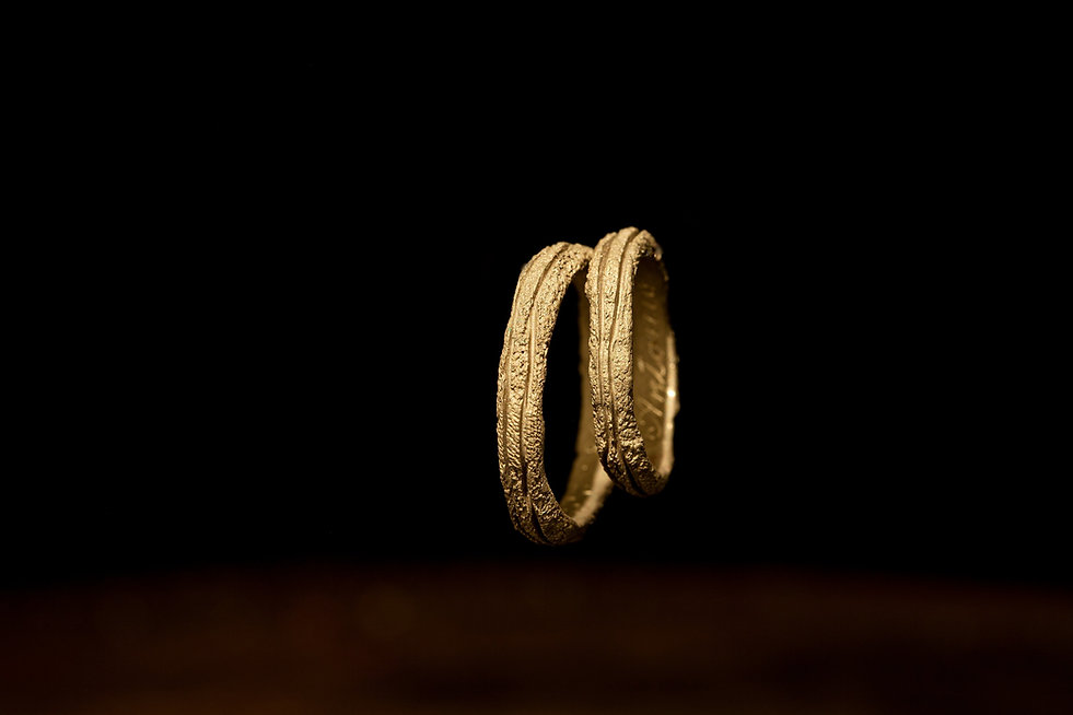 Fedine matrimoniali particolari in oro a milano