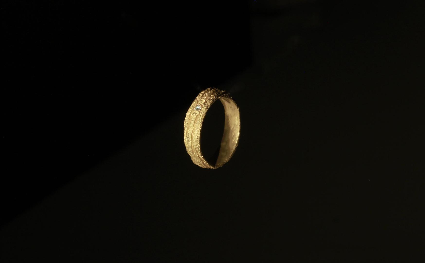 Fede in oro giallo e diamante