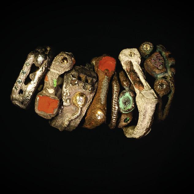 Anelli in argento e inclusioni