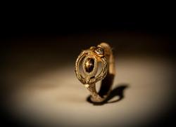 Anello in argento 925, ferro, oro, diamante e zaffiro stellato