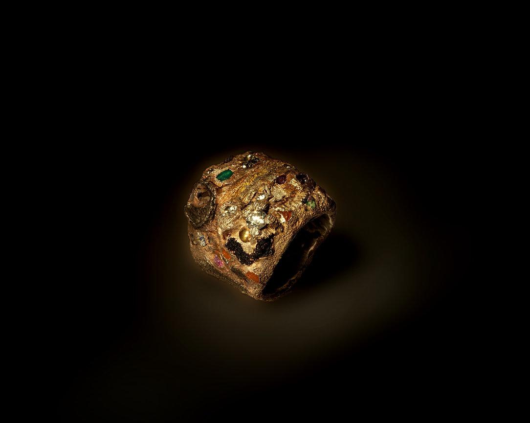 anello inclusioni comodi argento spento.