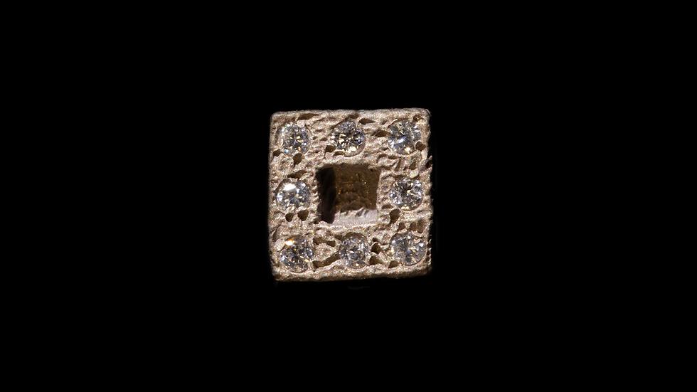 Orecchino in oro bianco e diamanti