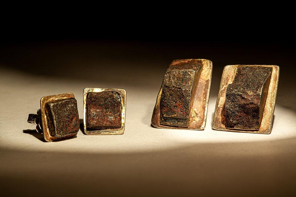 orecchini in ferro milano.jpg