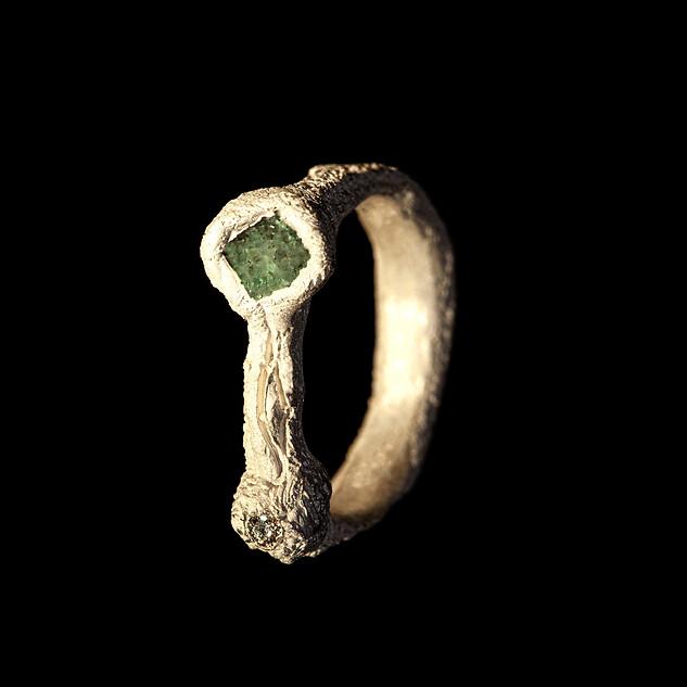 anello in argento e zoisite