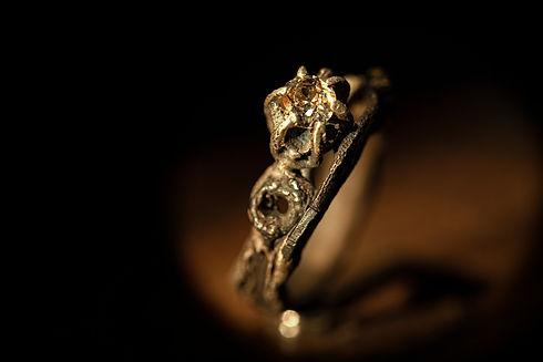 argento muto anello diamante.jpg