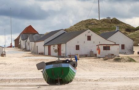 Stenbjerg_Landingsplads_fiskerhuse_med_b