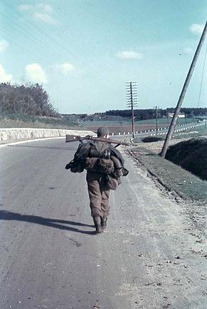 Tysk soldat på vej hjem mod en ukendt skæbne